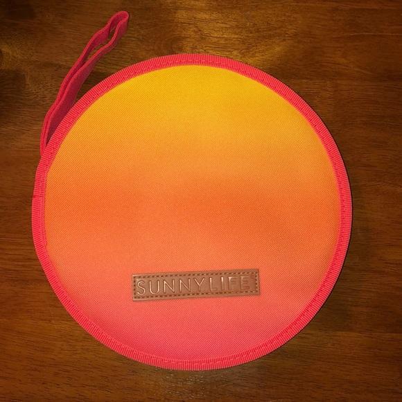 sunnylife Other - Sunnylife Lovers Picnic Set 👒